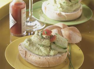 Ricetta: crema fredda di avocado