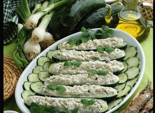 Come preparare i cetrioli ripieni