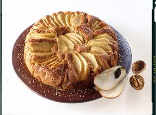 Ricetta Torta intergale di pere e noci