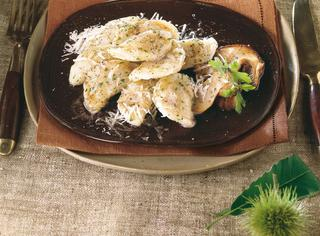 Gnocchi di patate ripieni di funghi porcini trifolati