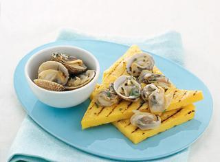 Ricetta Tartufi di mare su crostoni di polenta