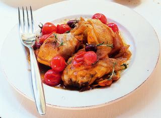Pollo con olive allo zafferano