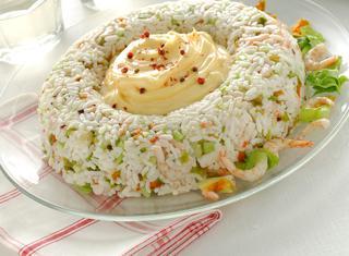 Ciambella di riso con gamberi e maionese