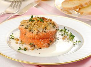 Ricetta Tournedos di salmone con crema alle noci
