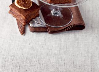 Brownies con frutta essiccata allo zenzero