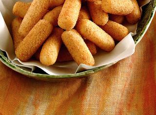 Crocchette di patate impanate e fritte ricetta