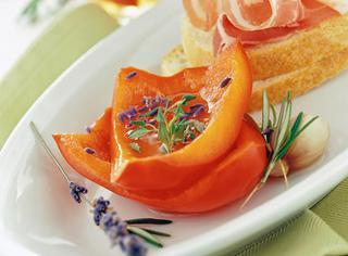 Ricetta Peperoni rossi in salamoia al profumo di lavanda