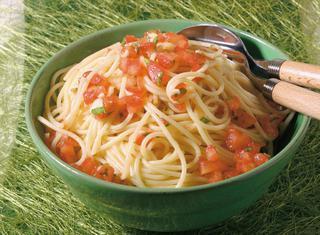 Spaghettini al pomodoro fresco