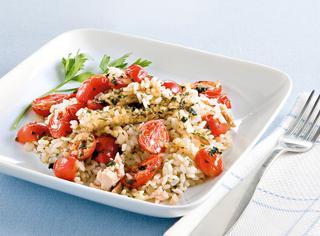 Ricetta Riso pilaf al forno con tonno e pomodorini