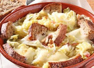 Ricetta Zuppa di verza e pane nero