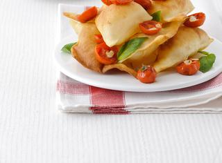 Ricetta Gnocco fritto con pomodorini arrosto