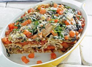 """Lasagne"" di pane carasau con sardine"