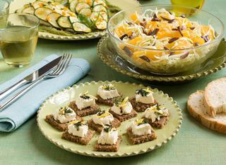 Ricetta Filetti di branzino con crema di zucchine e basilico