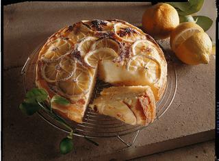 Torta soffice alla crema limoncina