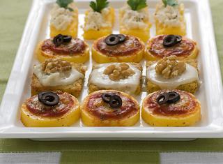 Crostini misti di polenta