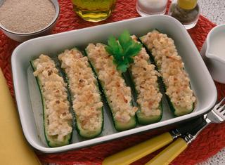 Zucchine ripiene di pasta