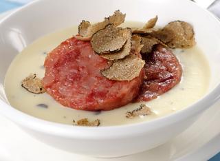 Ricetta Vellutata di patate al tartufo nero