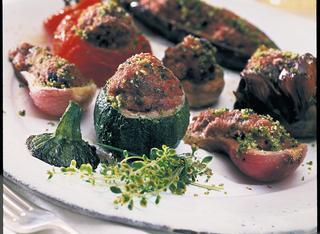 Verdure miste ripiene di carne