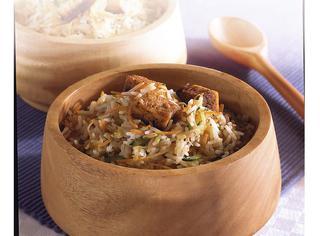 Riso alla cinese con verdure e tofu