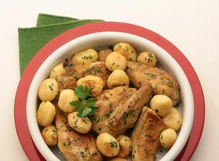 Pollo fritto con patatine