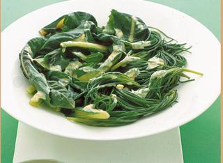 Verdure verdi cotte con maionese alle erbe
