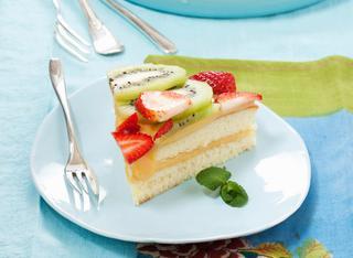 Ricetta Torta alla frutta con crema leggera