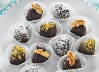 Ricetta Cioccolatini fatti in casa senza cottura