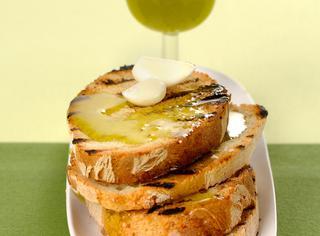 Bruschetta classica aglio e olio