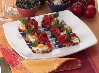 Crostini alle uova di quaglia