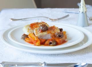 Baccalàdi Mammola con patate e olive