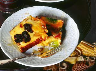 Plum cake di frutta essiccata