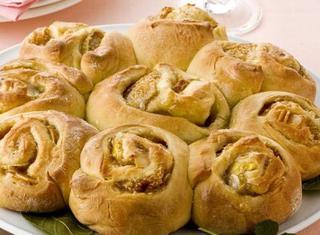 Ricetta Torta delle rose con fichi freschi