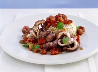Ricette insalata di moscardini le ricette di giallozafferano for Cucinare moscardini