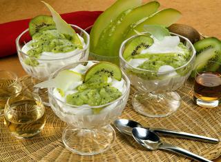 Mousse in salsa kiwi