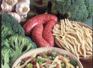 Maccheroni salsiccia e broccoli