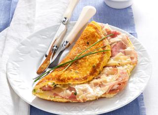 Ricetta Omelette soufflé con formaggio e prosciutto