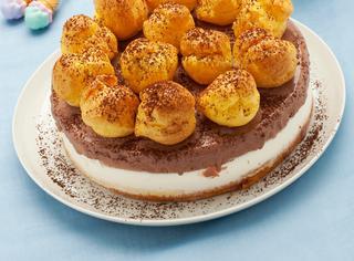 Ricetta Torta gelato con i bignè