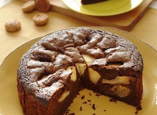 Ricetta Torta soffice di mele e cioccolato con amaretti