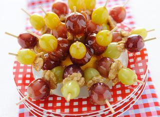 Ricetta Spiedini di uva caramellata
