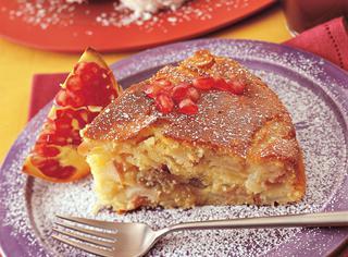 Ricetta Torta allo yogurt, mele e melagrana