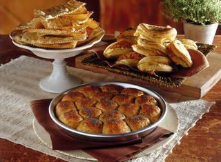 Torta di panini dolci alla frutta secca