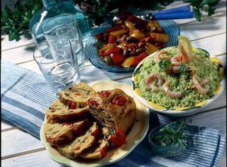 Tabulè con ruchetta e gamberi
