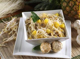 Ricetta Noodles all'ananas
