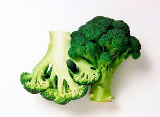 Ricetta Sfincione con broccoli e acciughe