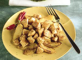Spezzatino di pollo con mele e curry