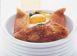 Gallette con uova e prosciutto