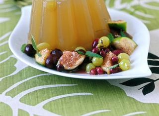 Budini di gelatina con frutta al Moscato