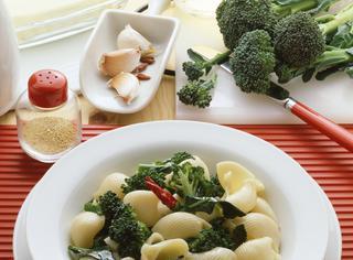 Ricetta Lumaconi con broccoletti