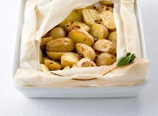 Patate al cartoccio aromatiche