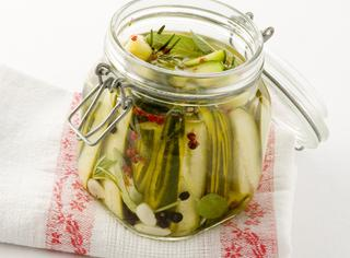 Ricetta Cetrioli sott'aceto o sott'olio agli aromi